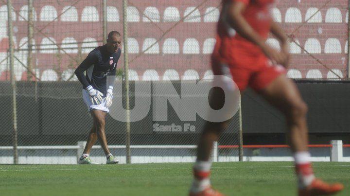 Nereo Fernández trabajó a la par del resto y podría estar frente a Talleres.