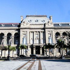 La cláusula gatillo para empleados públicos también impactará en el aguinaldo