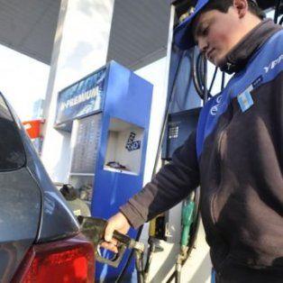 el gobierno libera los precios de combustibles a partir del 1 de octubre