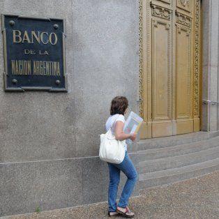 hoy sera el unico dia de atencion completa en los bancos