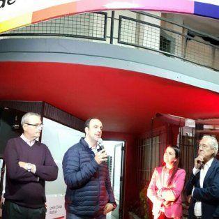 Apertura. Corral durante la presentación del nuevo local en la cabecera de Las Colonias. (Gentileza: @josecorralSF)