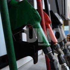 Los santafesinos sienten el aumento de combustibles