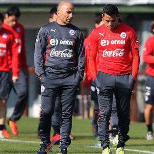 Buena relación. Tiene la estrella chilena con el entrenador argentino.