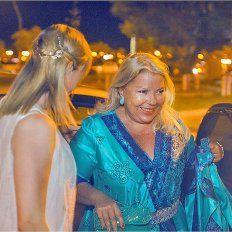 Instantáneas. La ceremonia religiosa y el civil en el que estuvo Carrió en Santa Fe.