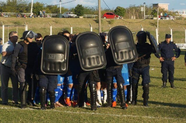 La violencia ganó por goleada en Concepción del Uruguay