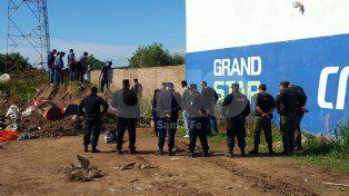 La familia identificó el cuerpo de la joven hallada muerta a metros de Blas Parera
