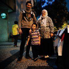 Llega la primera familia de refugiados sirios a la casa de un santafesino