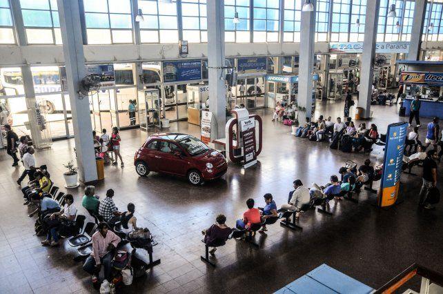 Incertidumbre por el futuro laboral de los empleados de la Terminal de Ómnibus