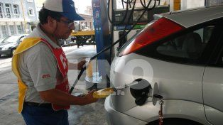 Expendedores de combustibles confirman que el alza será de entre el 6 y el 7%