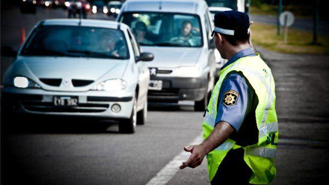 Restricción para camiones de carga en rutas y accesos por el fin de semana largo