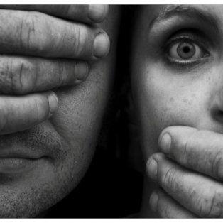 se presenta una campana de concientizacion y prevencion de la violencia de genero