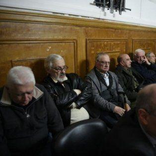 Veredicto. Los acusados escuchan la sentencia en los Tribunales Federales de Rosario. (Gentileza La Capital)