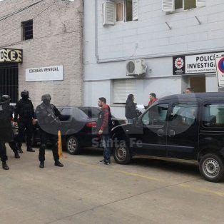 Armado para la guerra: cayó un sujeto con cinco armas en barrio San Lorenzo