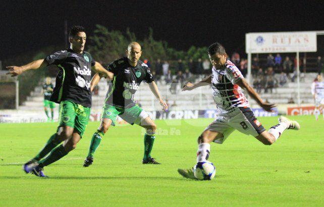 Resultado de imagen para Patronato de Parana y Sarmiento empataron 2-2
