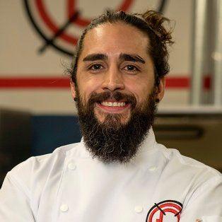 Lucas Escobar. Uno de los 14 participantes de Dueños de la Cocina que arrancó el domingo pasado.