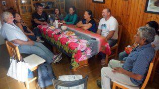 Las familias escogidas para venir a Colonia Belgrano han construido entre ellos un estilo de familia. Una relación que en el barrio de la ciudad no tenían. (Gentileza BBC Mundo)