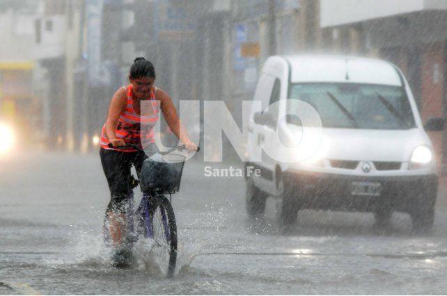 Se renovó el alerta por tormentas fuertes que abarca a toda la provincia
