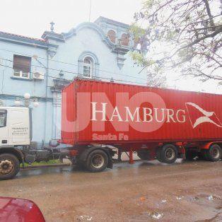 Cargado. El camión transportaba 1.662,35 kilos de marihuana fraccionada en panes.