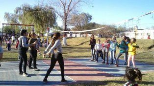 Invitan a los niños a revolucionar el barrio Santa Rosa de Lima