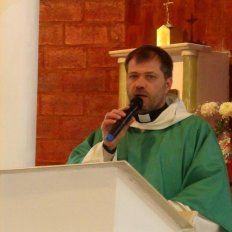 Volvió a la parroquia de Monte Vera el padre Adalberto, quien hace años se cruzó con Maggiolo en la Causa Storni