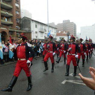 Video: Los santafesinos disfrutaron del desfile cívico militar