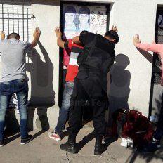 Un tiroteo terminó con cuatro personas presas y un arma de guerra secuestrada