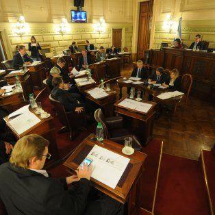 el senado insiste en que los menores sean responsables de sus actos a los 16 anos