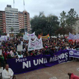 Masiva. Otra vez, una concentración masiva en Santa Fe con el reclamo contra la violencia de género.
