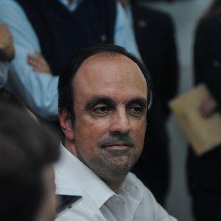 Más cerca. José Corral quedó más cerca de poder bajar a la ciuidad sin impedimentos el nombre del coalición nacional.