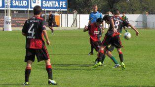 El Sabalero defiende la punta ante Newells en el Rafael Batres