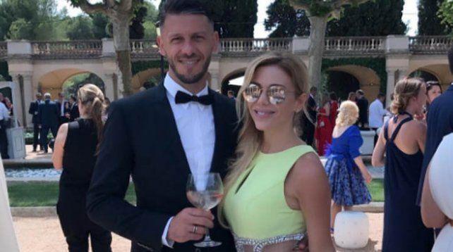 En la boda de Víctor Valdés, Eva dio la nota con una foto confusa ¿y polémica?