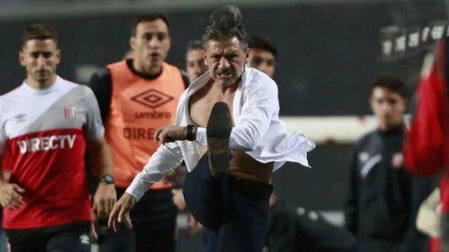 Nelson Vivas renunció a Estudiantes de La Plata después del papelón en Copa Argentina