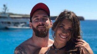 ¡Messi está como loco con su novia! Tremenda declaración de amor (y foto en bikini)