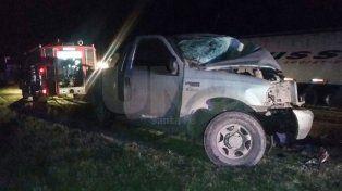 En un violento choque frontal murieron los conductores de dos camionetas
