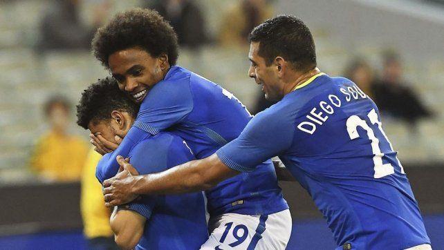Brasil se levantó con una goleada frente a Australia