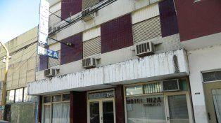 Hotel Niza. Rivadavia 2700.