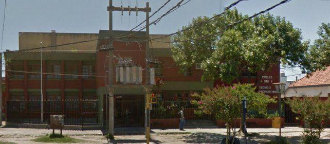 Escuela Quiroga. Ubicada en Aristóbulo del Valle al 6300.
