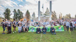 Histórica visita de Los Pumas a Esperanza