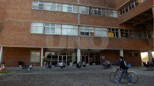 Está abierta la convocatoria para las becas de estudio de la UNL