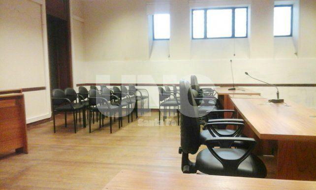 Copada. La Sala I hoy antes de que ingresen los imputados. Fue una de las más numerosas que se realizaron desde que se puso en vigencia el nuevo Código Procesal Penal en 2014.