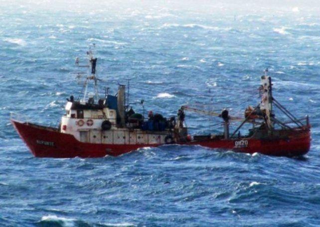 Se hundió un pesquero en Rawson: tres muertos y siete desaparecidos