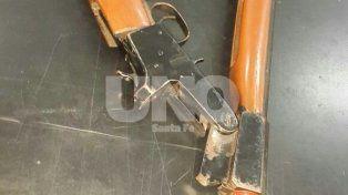Un adolescente transitaba con un pistolón por las calles del barrio Centenario