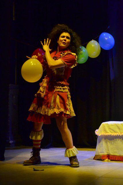 Continúan los viernes de teatro en El Birri