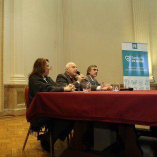 Presentación. Fue en Rosario, junto a la intendenta Mónica Fain y el ministro de Salúd, Miguel González.