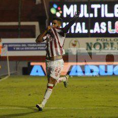 Emanuel Britez podría jugar en Belgrano