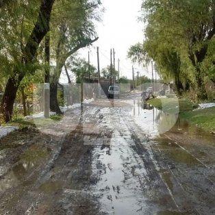 El nivel del río sube y se trabaja a contrarrelojen La Vuelta del Paraguayo.