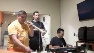 Bomberos cordobeses se grabaron cantando un éxito de Los Palmeras y se volvieron virales