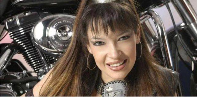 """La música tropical está de luto: Murió Karla, """"La condesa"""""""