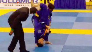sufrio una terrible lesion al caer de cabeza en un combate de jiu jitsu
