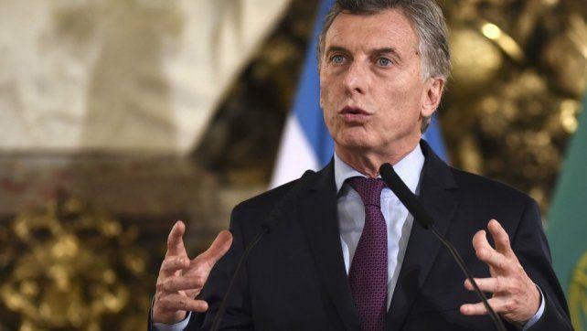 Macri dijo en Córdoba que los impuestos están matando a los argentinos y pidió bajarlos